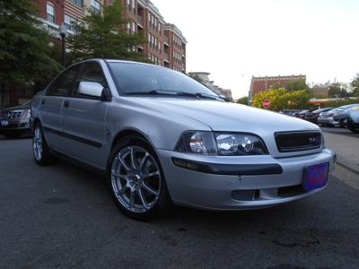 used 2001 Volvo S40 car, priced at $2,981