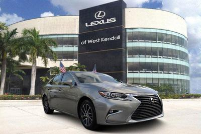 used 2017 Lexus ES 350 car, priced at $31,988