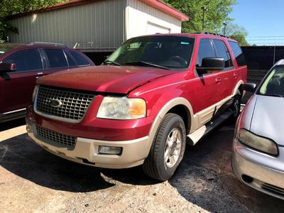 used 2005 Ford Expedition car, priced at $7,900