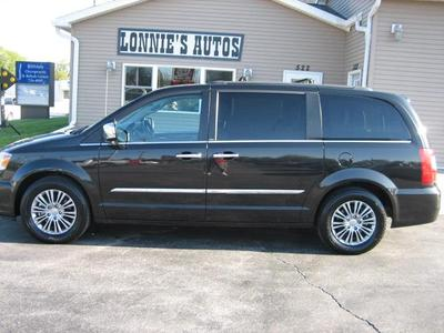 used 2014 Chrysler Town & Country car, priced at $10,950