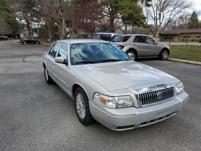 used 2010 Mercury Grand Marquis car, priced at $5,495