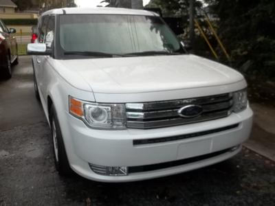 used 2009 Ford Flex car, priced at $7,995