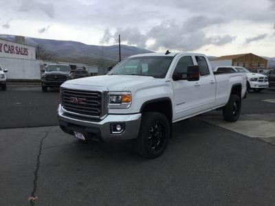 used 2015 GMC Sierra 2500 car, priced at $30,995