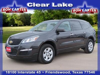 used 2015 Chevrolet Traverse car, priced at $13,588