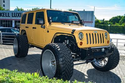 used 2013 Jeep Wrangler Unlimited car, priced at $35,000