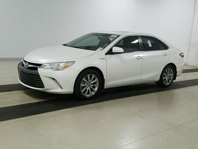 used 2016 Toyota Camry Hybrid car, priced at $13,499