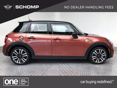 new 2021 MINI Hardtop car, priced at $36,560