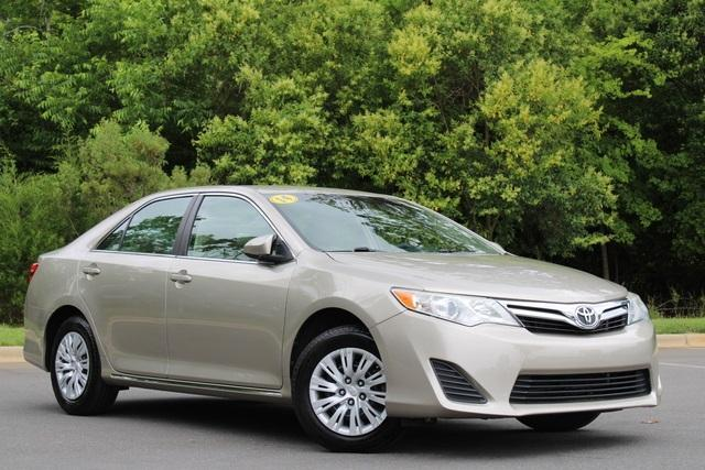 used 2014 Toyota Camry car, priced at $14,406