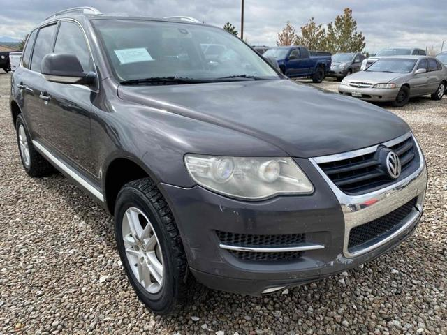 used 2008 Volkswagen Touareg 2 car, priced at $7,988