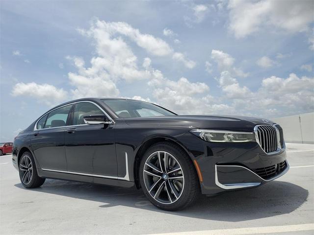 new 2022 BMW 750 car