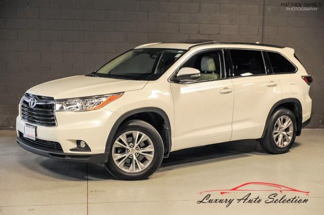 used 2014 Toyota Highlander car, priced at $22,985