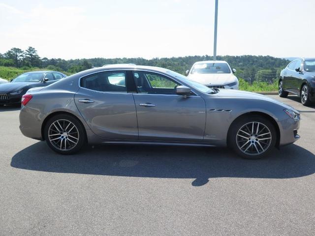 new 2019 Maserati Ghibli car
