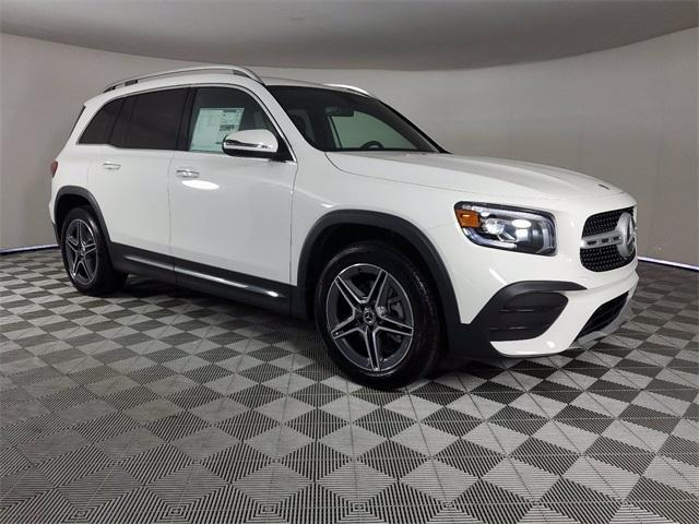 new 2021 Mercedes-Benz GLB 250 car, priced at $47,740