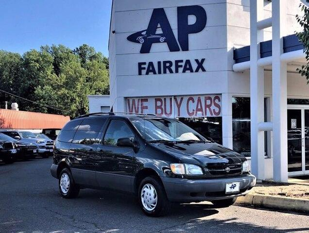 used 2000 Toyota Sienna car, priced at $2,897