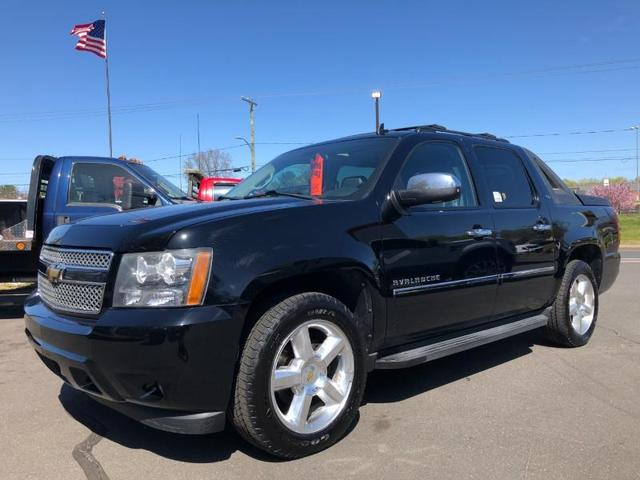 used 2010 Chevrolet Avalanche car, priced at $17,995