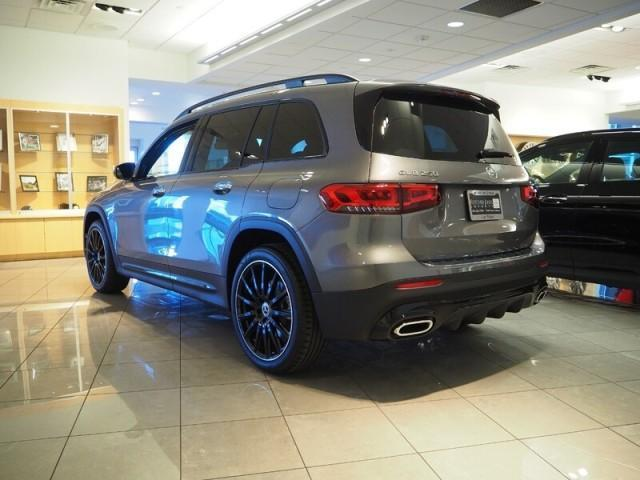 new 2021 Mercedes-Benz GLB 250 car, priced at $49,240