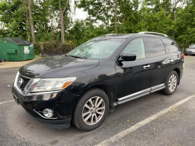 used 2015 Nissan Pathfinder car, priced at $13,995