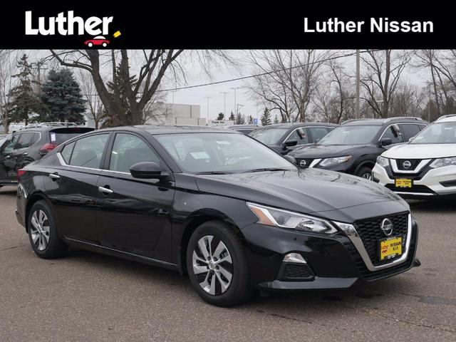 new 2020 Nissan Altima car, priced at $25,640