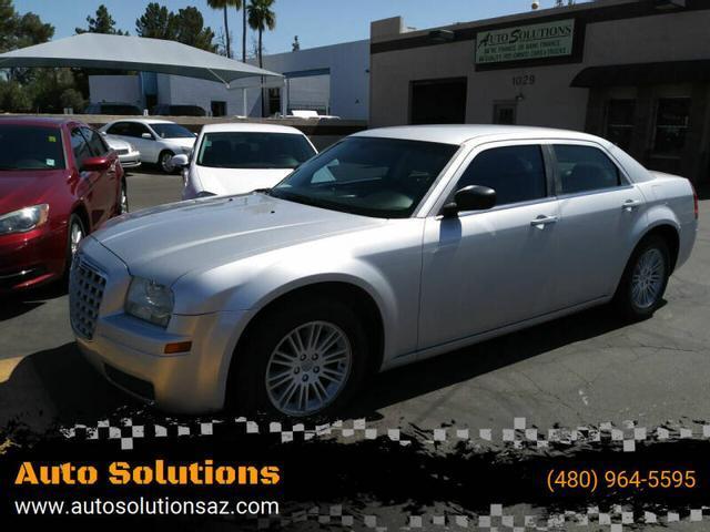 used 2009 Chrysler 300 car, priced at $9,995