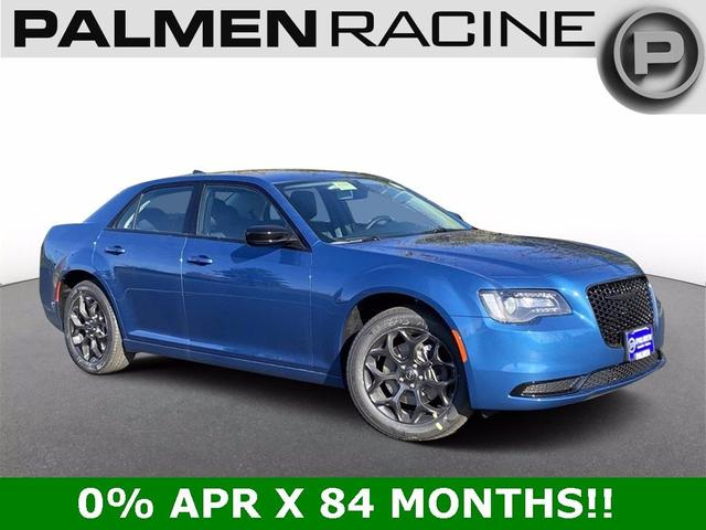 new 2020 Chrysler 300 car, priced at $34,538