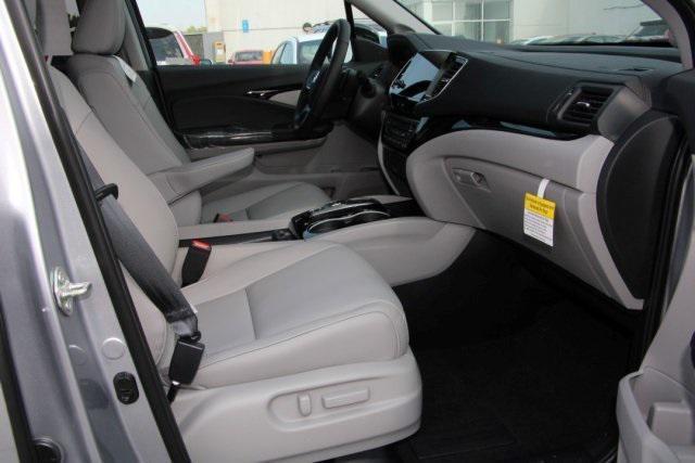 new 2020 Honda Pilot car, priced at $44,920