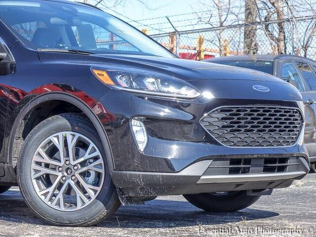 new 2021 Ford Escape car, priced at $30,450