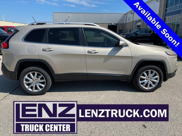used 2014 Jeep Cherokee car, priced at $15,497