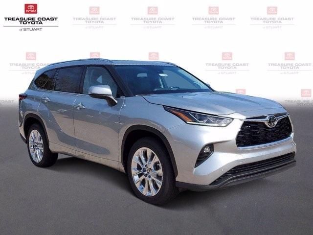 new 2021 Toyota Highlander car, priced at $45,312