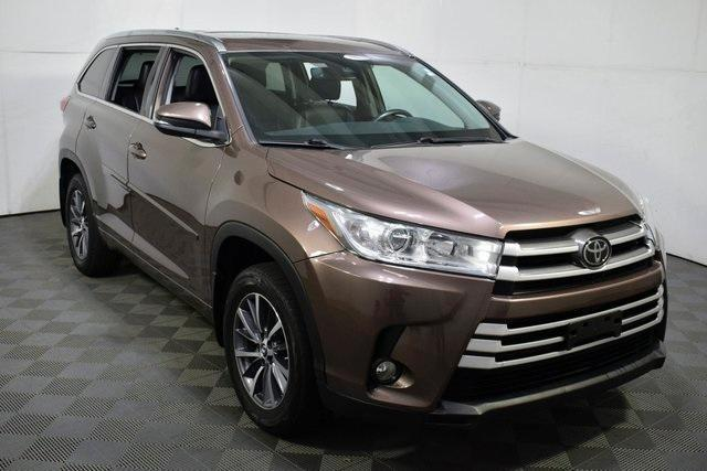 used 2018 Toyota Highlander car, priced at $30,950
