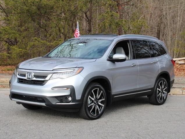 new 2021 Honda Pilot car, priced at $43,063
