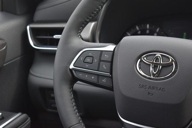 new 2021 Toyota Highlander car, priced at $44,987