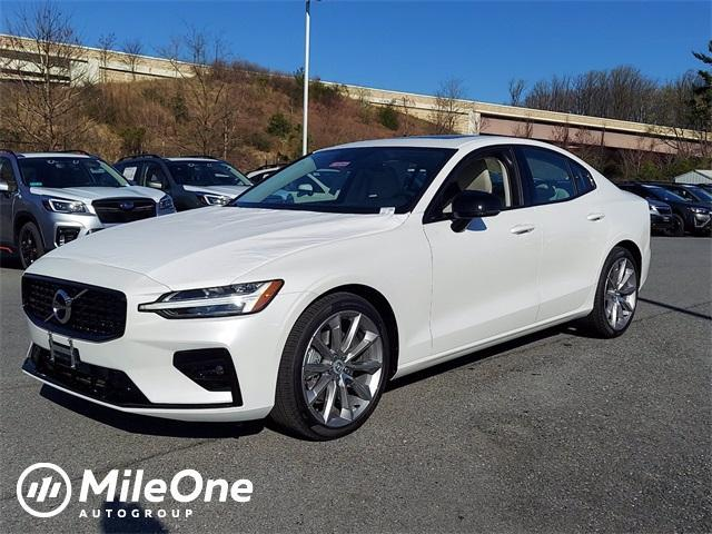 new 2021 Volvo S60 car, priced at $40,614
