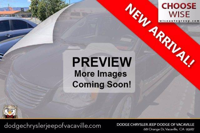 used 2014 Chrysler Town & Country car, priced at $15,881