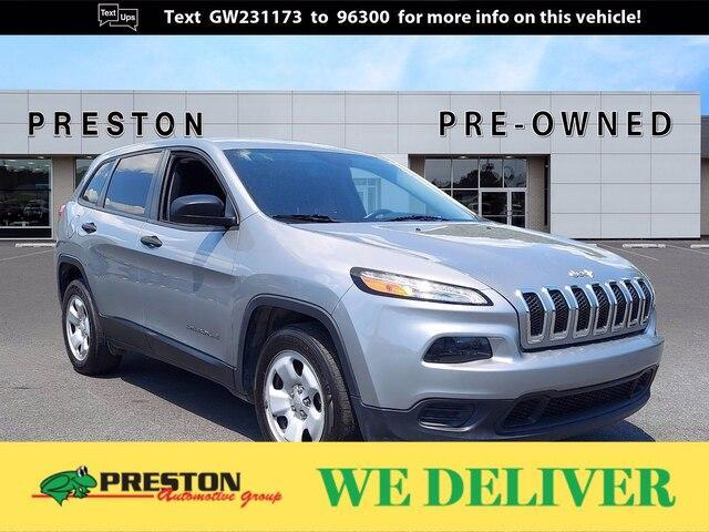 used 2016 Jeep Cherokee car, priced at $15,400