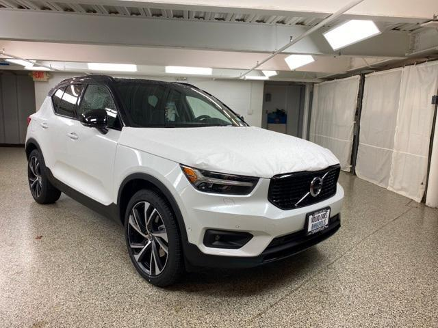 new 2021 Volvo XC40 car, priced at $47,405