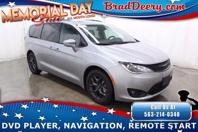 used 2018 Chrysler Pacifica car