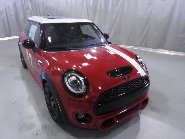 new 2021 MINI Hardtop car, priced at $35,070