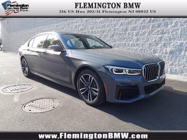 new 2022 BMW 750 car, priced at $112,945