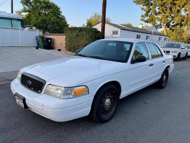 used 2006 Ford Crown Victoria car, priced at $4,500