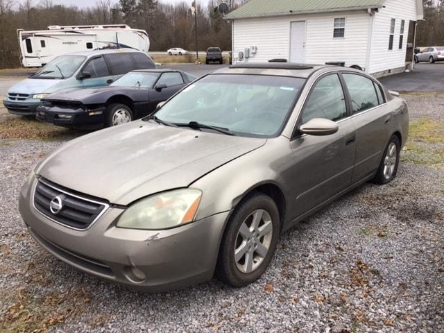 used 2002 Nissan Altima car, priced at $3,900