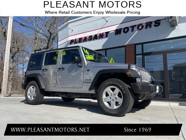 used 2016 Jeep Wrangler Unlimited car, priced at $26,995