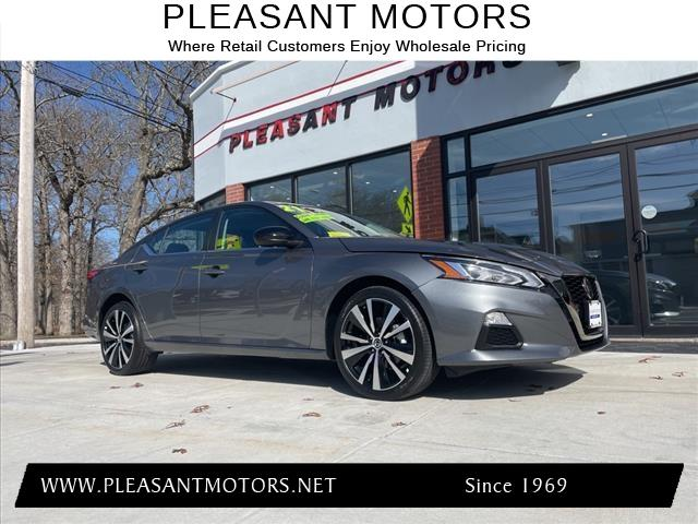 used 2021 Nissan Altima car, priced at $24,999