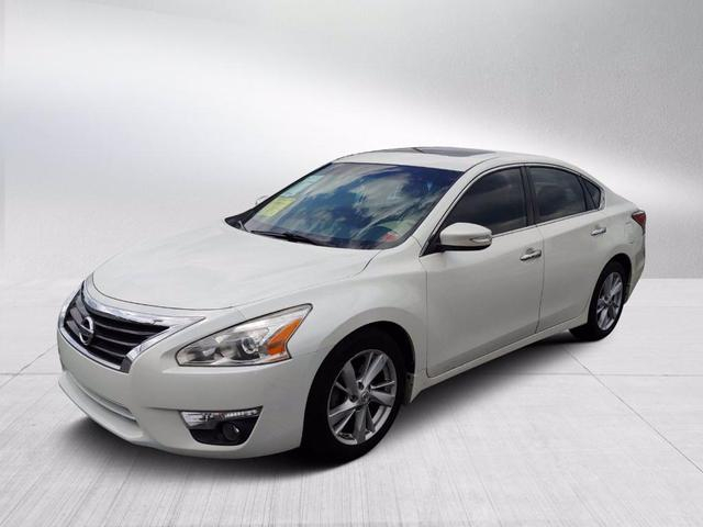 used 2015 Nissan Altima car, priced at $12,985