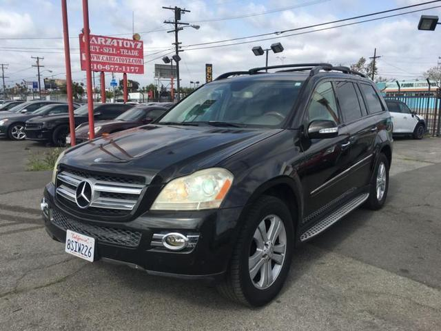 used 2007 Mercedes-Benz GL-Class car, priced at $9,999