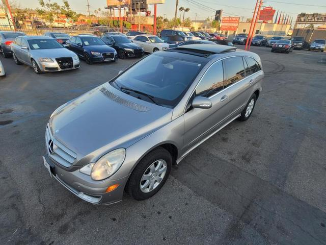 used 2007 Mercedes-Benz R-Class car, priced at $8,999