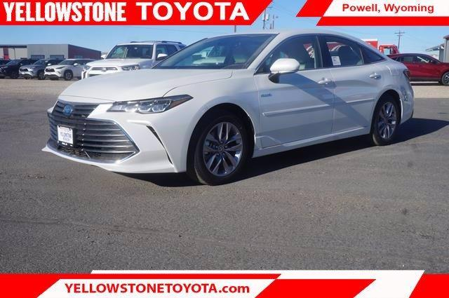 new 2021 Toyota Avalon Hybrid car