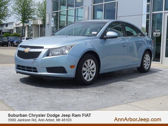 used 2011 Chevrolet Cruze car, priced at $6,500