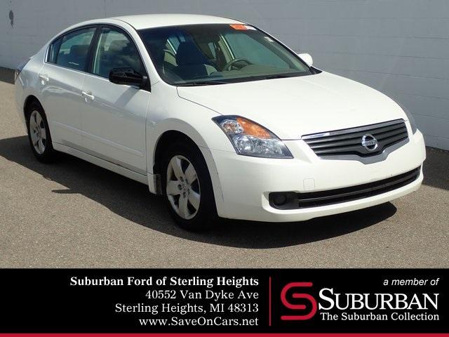 used 2008 Nissan Altima car, priced at $5,200