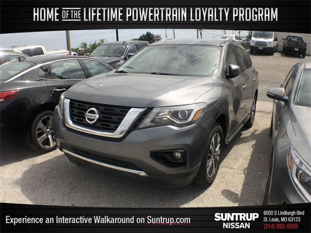 used 2019 Nissan Pathfinder car, priced at $29,777