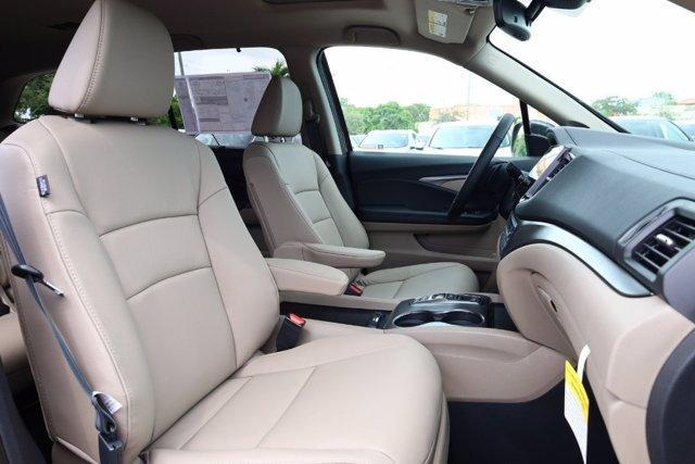 new 2021 Honda Pilot car, priced at $36,631